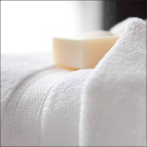 Lynova luxury hotel terry towels by standard textile for Hotel sheets and towels