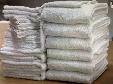 FREE SHIPPING-24 inch x 50 inch, White 10.0 Lb/Dz Bath Towels, Hotel/Motel Economical, 100% Cotton, Cam Border, Price per Dozen.